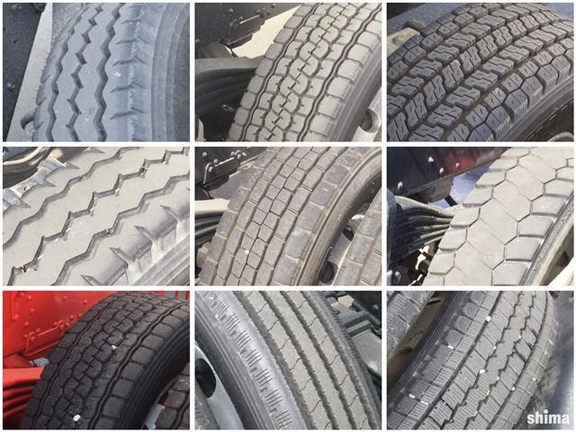 トラックのタイヤのトレッドパターン