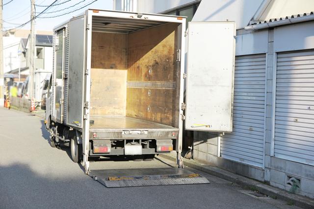 トラックのリフト